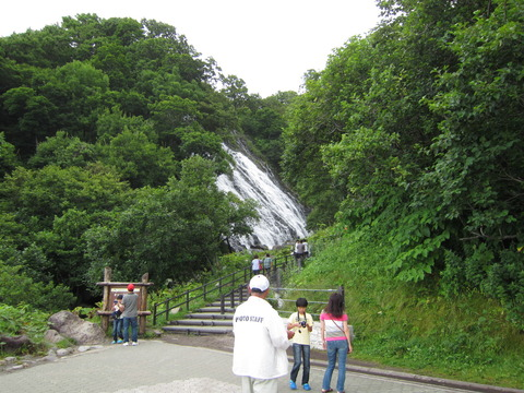 12f8f1ed s - 北海道観光 ~知床半島 / オシンコシンの滝~