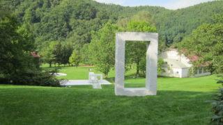 162103d9 s 320x180 - 北海道観光 ~アルテピアッツァ美唄 / 安田侃の彫刻公園~