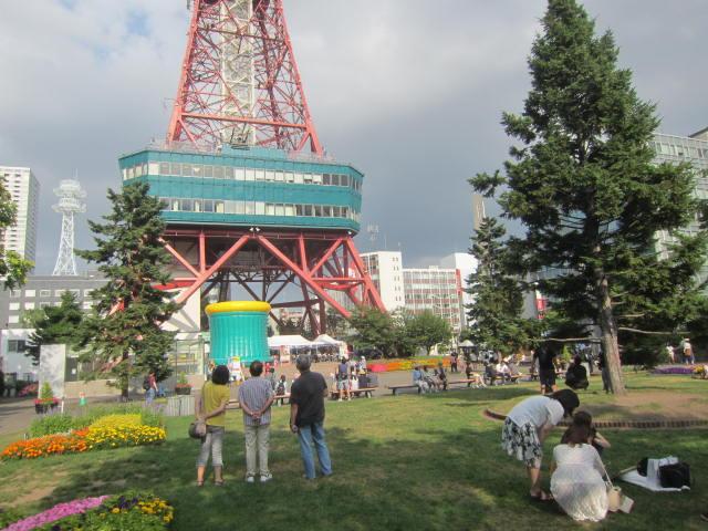 IMG 0025 - 大通のテレビ塔からダイブ出来るアトラクション設置中