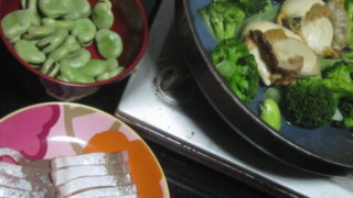 IMG 0054 1 320x180 - ホタテをブロッコリーの酒蒸しとそら豆にブリの刺身の晩御飯