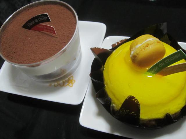 IMG 0034 - ティラミスとレモンのなんかの小さいケーキ