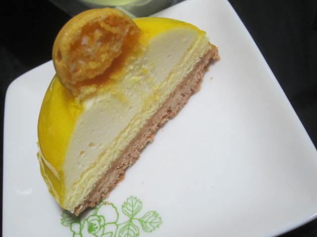 IMG 0035 - ティラミスとレモンのなんかの小さいケーキ