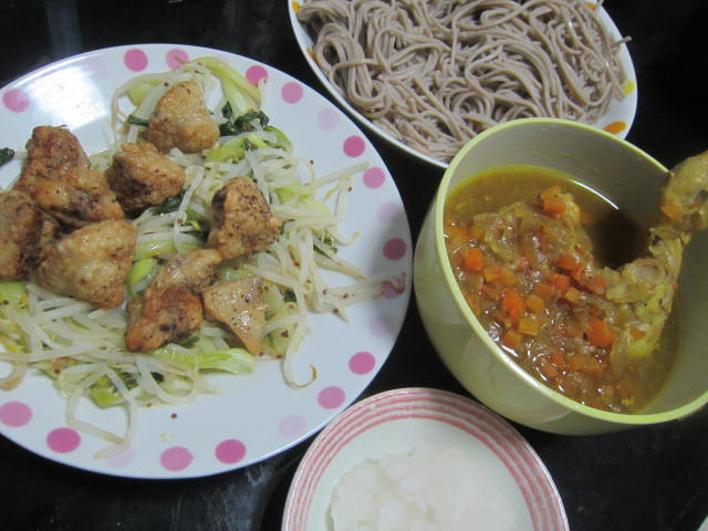 IMG 0099 - チキンレッグなスープカレーを蕎麦にかけてカレー蕎麦