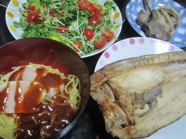 IMG 0096 - 鶏の骨付き腿肉とラムチョップのハーブソルト焼き