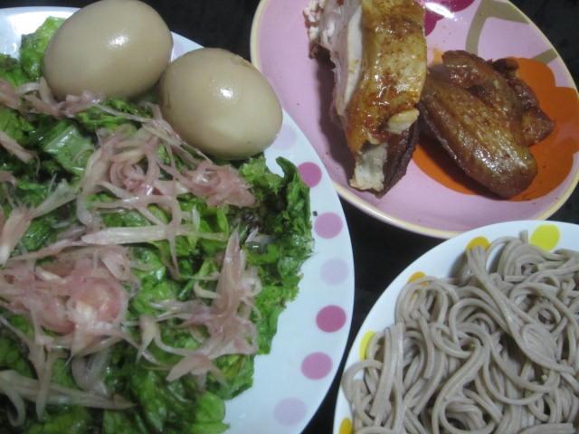 IMG 0022 1 - チキンの残りと蕎麦とサラダと漬け卵 / 1週間の食費の使い方