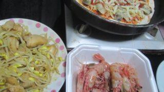 IMG 0042 320x180 - ボタン海老のお刺身とフライパンで焼く適当具載せピザ