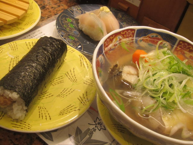 IMG 0014 - 根室花まる寿司屋でコマイのアラ汁とか厚焼き玉子とか