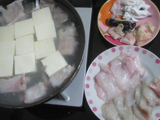 IMG 0071 - 長崎産とらふぐと積丹産あんこうを同時に鍋に投入してみた / ふぐ&あんこう鍋