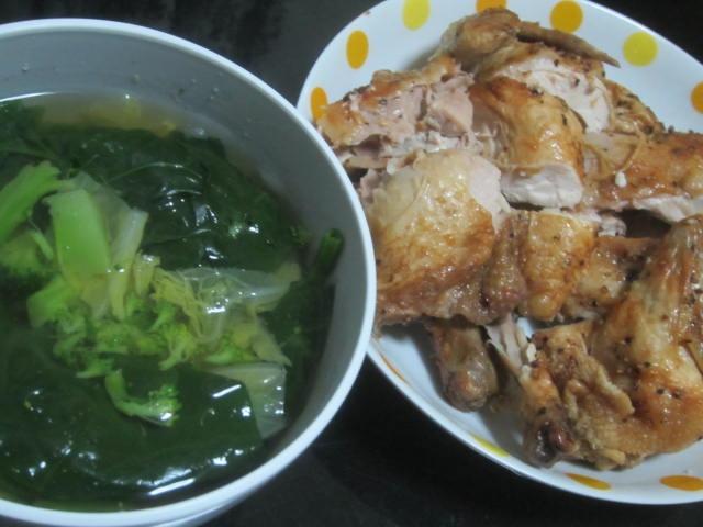 IMG 0121 - ロティサリーチキンとわかめスープの炭水化物抜きな晩飯