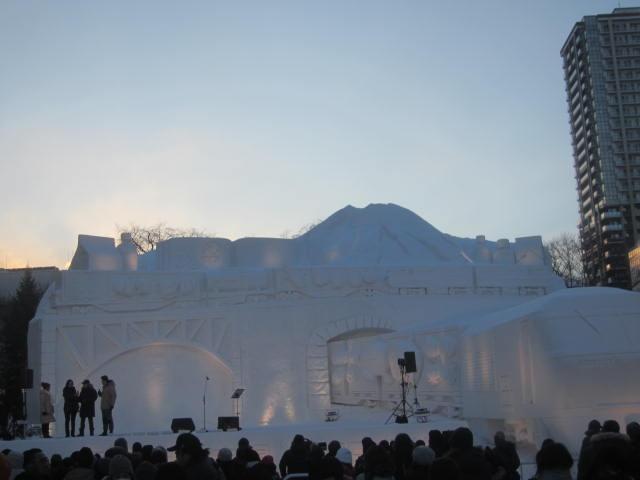 IMG 0029 - さっぽろ雪祭り2019 / ミクが大雪像のところに進出してました