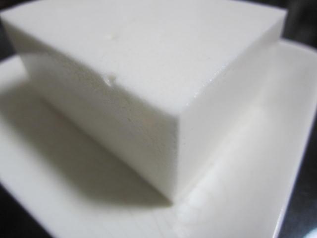 IMG 0040 - 備前屋の銘菓「あわ雪」(純白)ってのがとても不味いので注意です