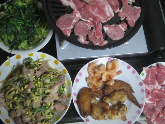 IMG 0065 - ラム肉と豚ヒレ肉で焼肉にしつつ手羽先やらエビ揚げの酒盛りメニュー