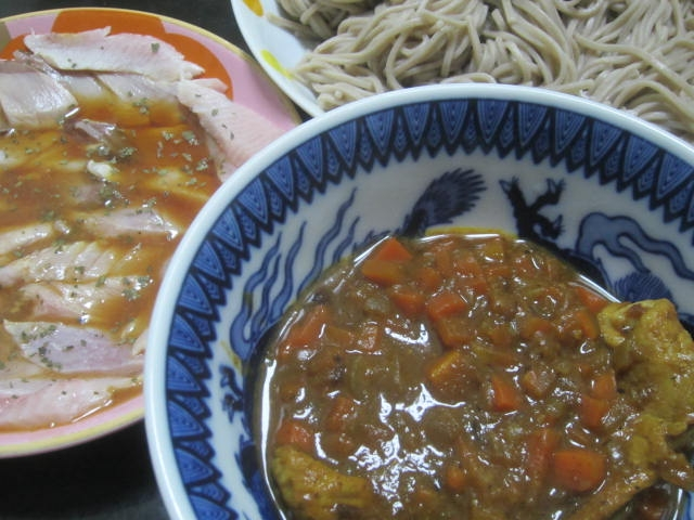 IMG 0027 - 湯引きしたブリの刺身にポン酢かけてカレー蕎麦