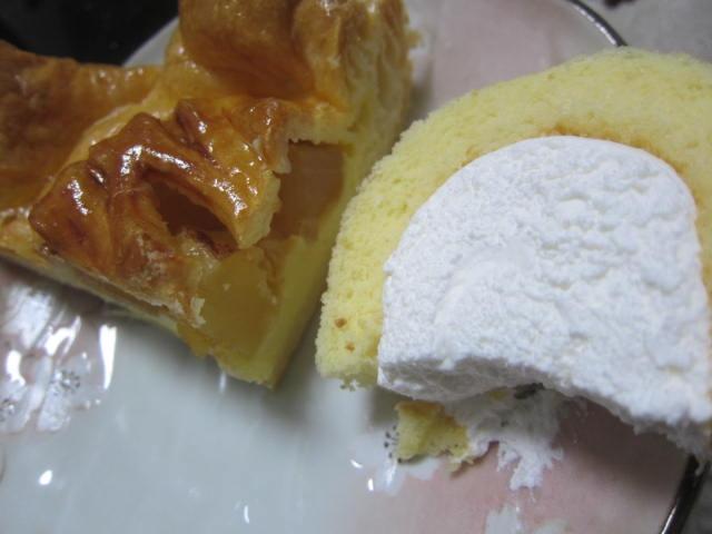 IMG 0055 - 豊富町産牛乳なロールケーキと柳月のアップルパイ