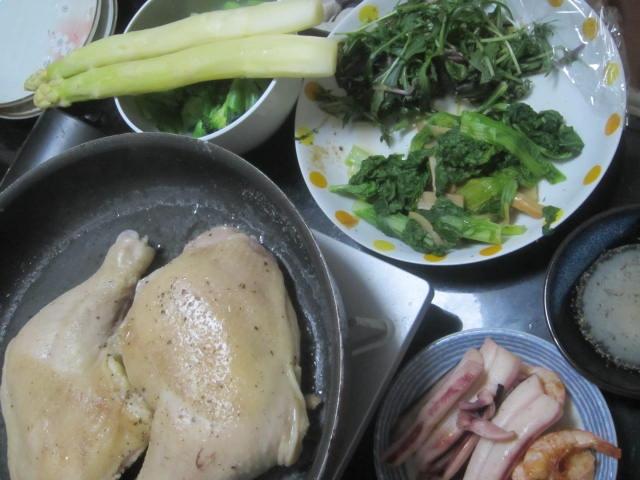 IMG 0006 - 白ワイン蒸しにした骨付き鶏肉とホワイトアスパラ
