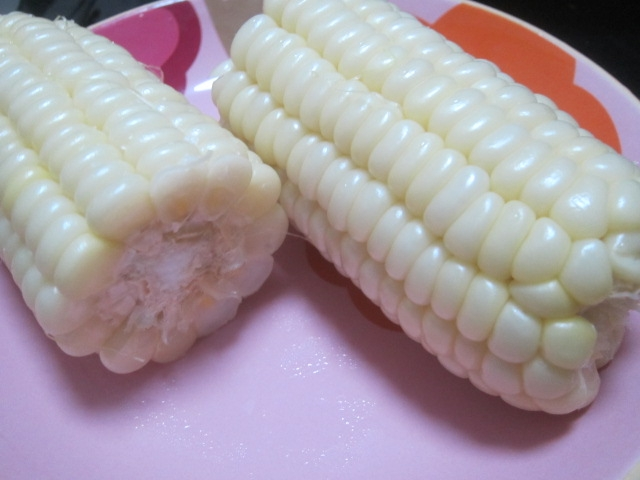 IMG 0031 - 朝もぎの白いフルーツとうきび雪の妖精をレンジでチン