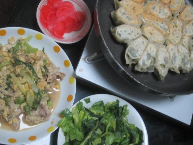 IMG 0036 - えび餃子に豚と卵の小松菜入り中華風炒め