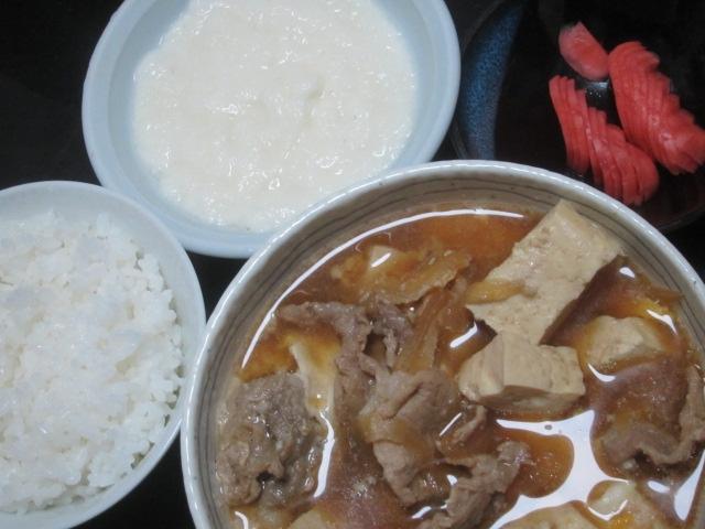 IMG 0076 - 網走産のしじみの味噌汁とブリとアジと残りもの肉豆腐