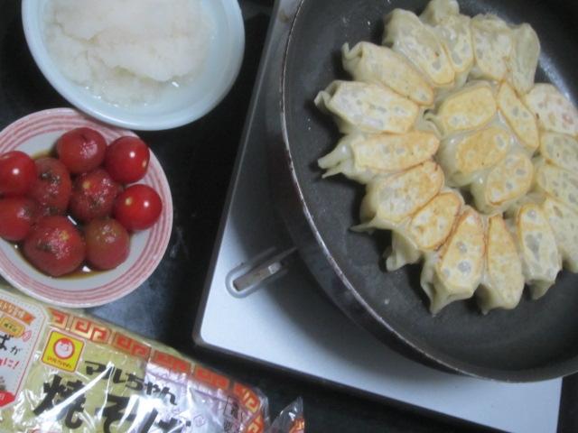 IMG 0028 - 八甲田鴨の餃子とトマト焼きに焼きそば