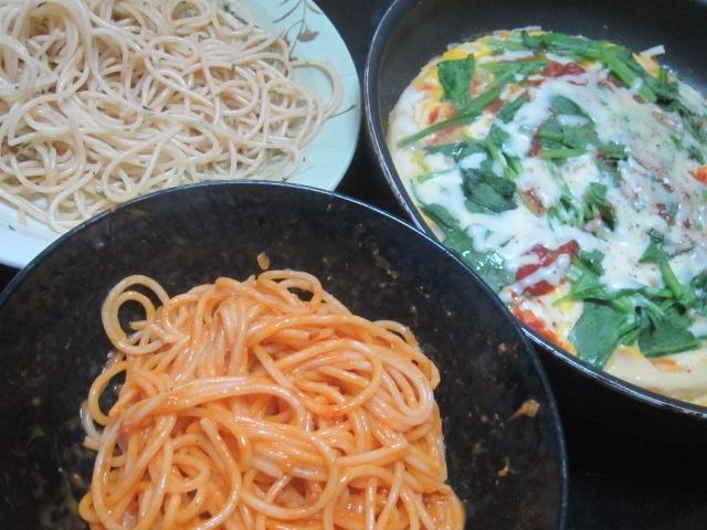 IMG 0091 - ペペロンチーノと伊勢海老ソースなパスタに自宅ピザの組み合わせ