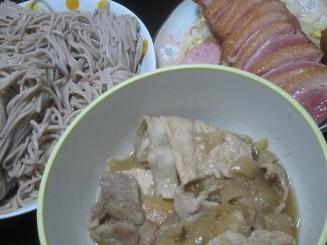 IMG 0024 - 肉豆腐の汁がたんまり残ったので蕎麦つゆの代わりにしてみた