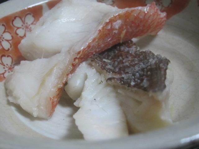 IMG 0019 - キンキとアブラコで魚介系の鍋INキャベツやってみました