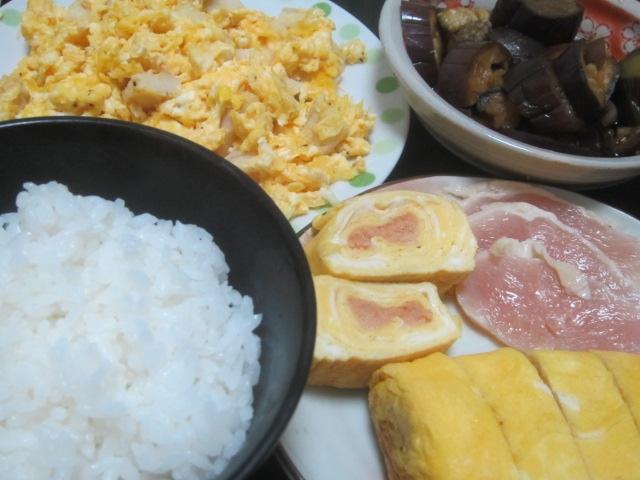 IMG 0024 - 刻んだ焼きフグと卵の炒め物&明太子を包む卵焼き
