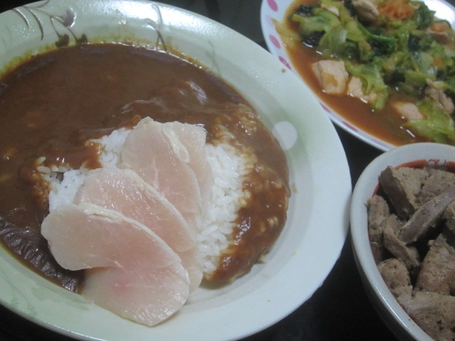 IMG 0031 - 豚角切り肉とレタスの炒め物で鶏ハムカレー