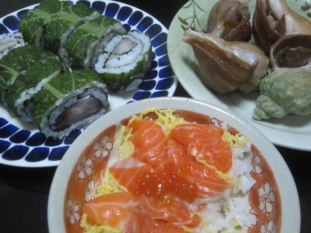 IMG 0030 - 稚内産の大きな青ツブ貝(ヒメエゾボラ)の酒蒸しと鯖寿司
