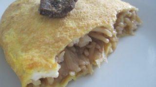 IMG 0060 320x180 - ジンギスカンの残り汁で作った焼きそばで作るオムソバな朝食