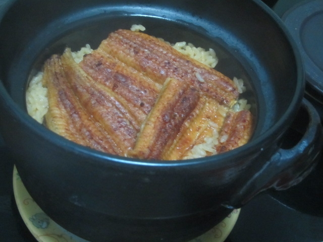 IMG 0078 - うなぎを買ってきて土釜でご飯と共に蒸し上げひつまぶし