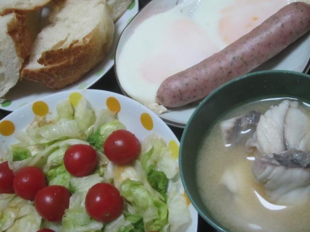 IMG 0171 - アンコウの正肉な味噌汁とパン食について