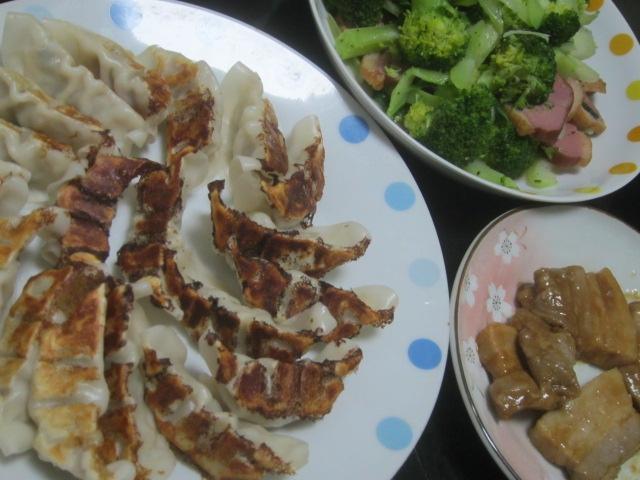 IMG 0188 - アンコウの正肉な味噌汁とパン食について