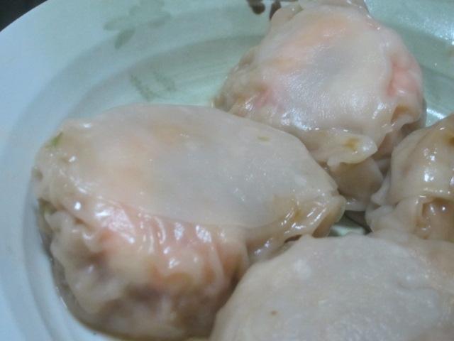 IMG 0242 - 惣菜パンとか買ってきてアジの刺身やモツ焼きで宅飲み晩御飯