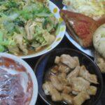 IMG 0245 150x150 - 惣菜パンとか買ってきてアジの刺身やモツ焼きで宅飲み晩御飯