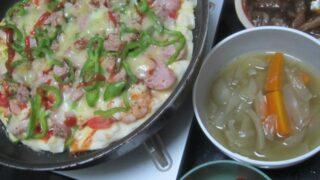 IMG 0254 320x180 - ミニトマトを大量買いしたのでサラダとピザとスープで頂きます