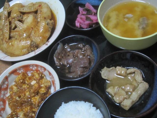 IMG 0277 - 豚ハツとピーマンの炒め物に豚ソーセージに豚レバー