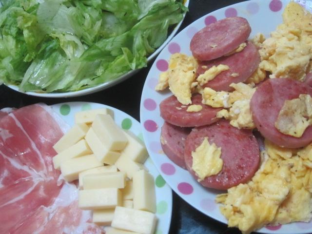 IMG 0295 - 最近チーズ食べ過ぎだろうか茄子チーズベーコンとカレー晩御飯