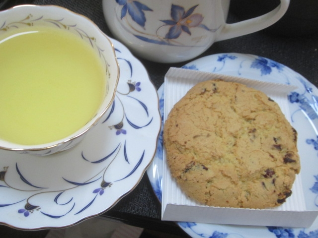 IMG 0602 - ファルコーネのミルクチョコレートクッキー(1枚200円)が美味しかった