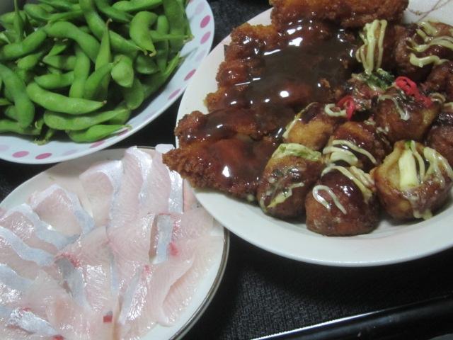 IMG 0670 - たこ焼きチキンカツにブリの刺身と枝豆後に主食のプリンケーキ