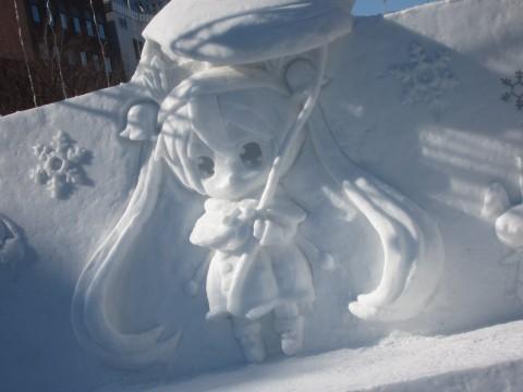 IMG 0041 480x360 - 2015年 さっぽろ雪祭りPart3 ~雪ミク / きゅうべえ / 小雪像~