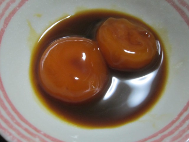 IMG 0022 640x480 - 最近流行りらしい卵黄の醤油漬け作って食べてみた