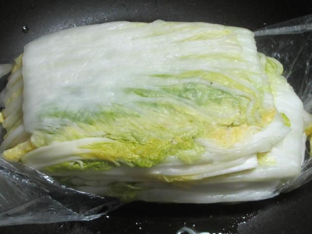IMG 0072 - 北海道産の白菜が出回ってきたのでキムチ作りの季節ですね