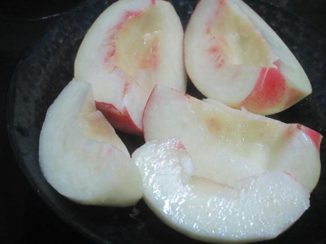 IMG 0076 - お刺身用のぼたん海老(古平産)が物凄く美味しかった / デザートは余市の桃