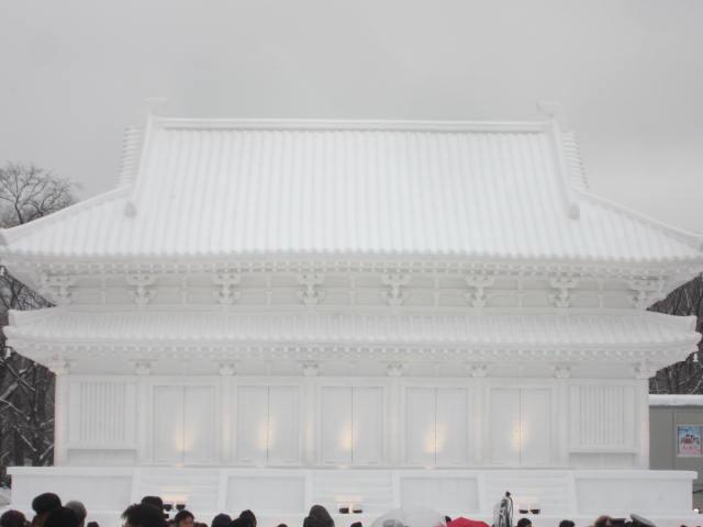 IMG 0021 - さっぽろ雪祭り2018年前編 / 雪像紹介とONちゃん焼きとか