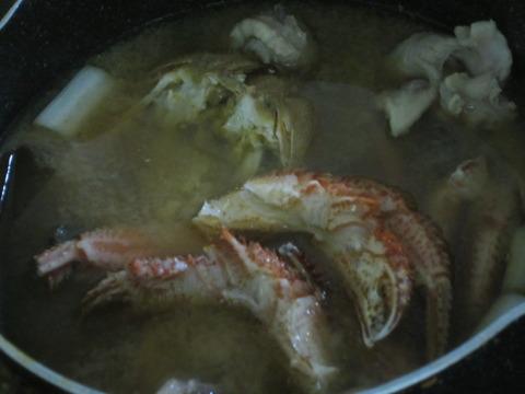 0d672353 s - カニとアンコウを一緒に鍋に入れたらどんな味になるか実践