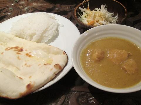 0fa76097 s - 札幌大通駅の地下で青いカレーのインド料理クリシュナ