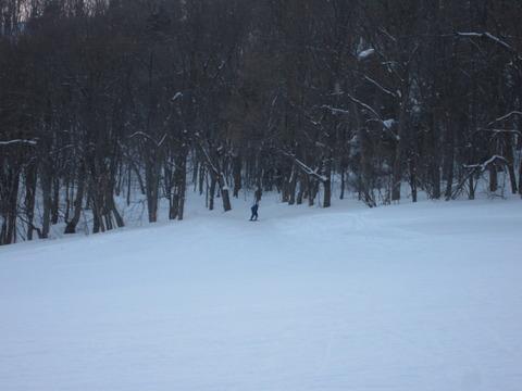 13214175 s - 休日の藻岩山スキー場は割と混んでた
