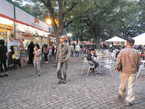 1372a039 s - 大通公園 さっぽろオータムフェスト2011