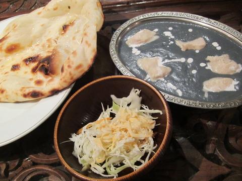 34802c1c s - 札幌大通駅の地下で青いカレーのインド料理クリシュナ